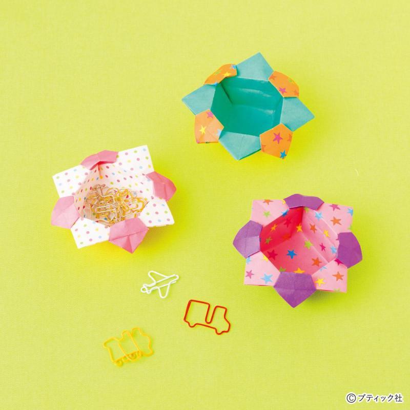 簡単!折り紙1枚で作る《花の小箱》の折り方