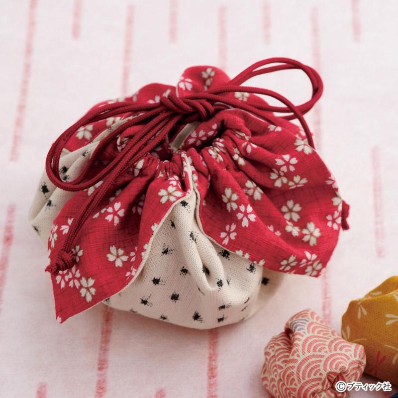 花びらのような形がかわいい「巾着」の作り方