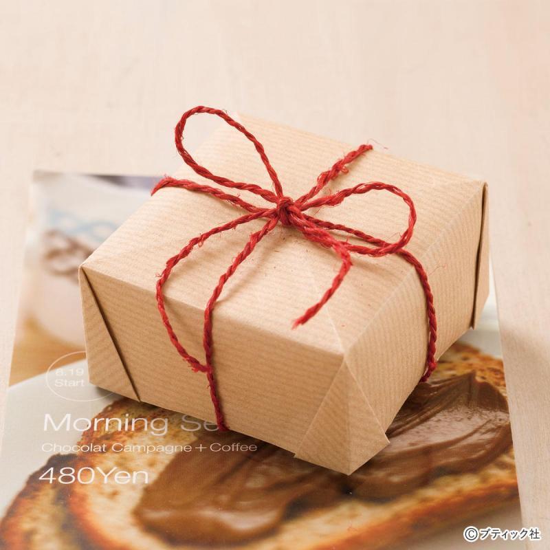 折り紙を使った基本の箱「角を折る箱」作り方