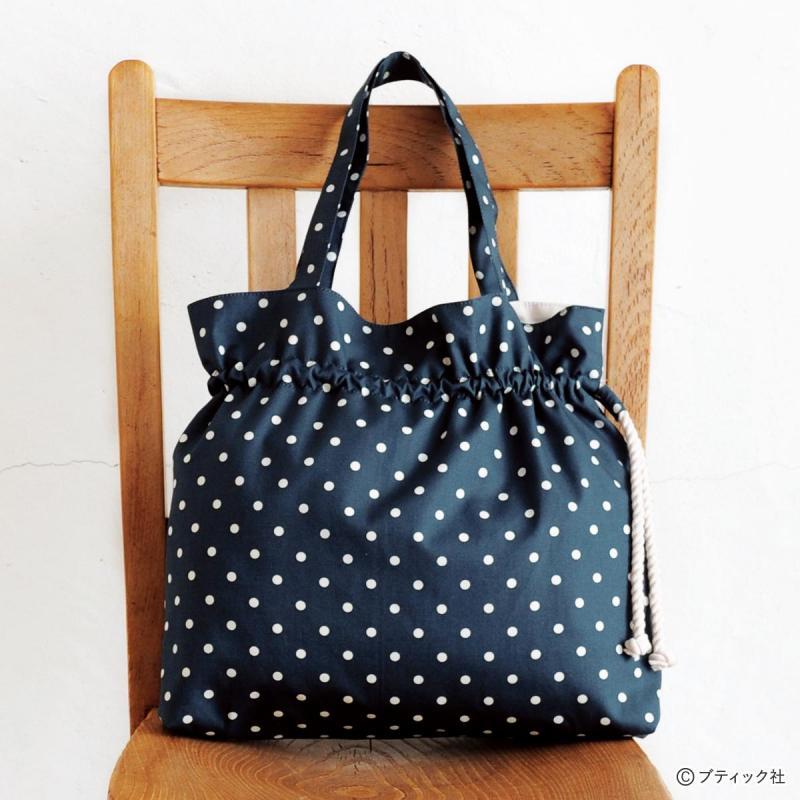 ドット柄の「巾着みたいなバッグ」の作り方