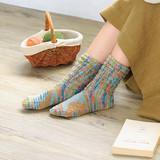 毛糸で手編みする、履き心地がいい靴下の作り方