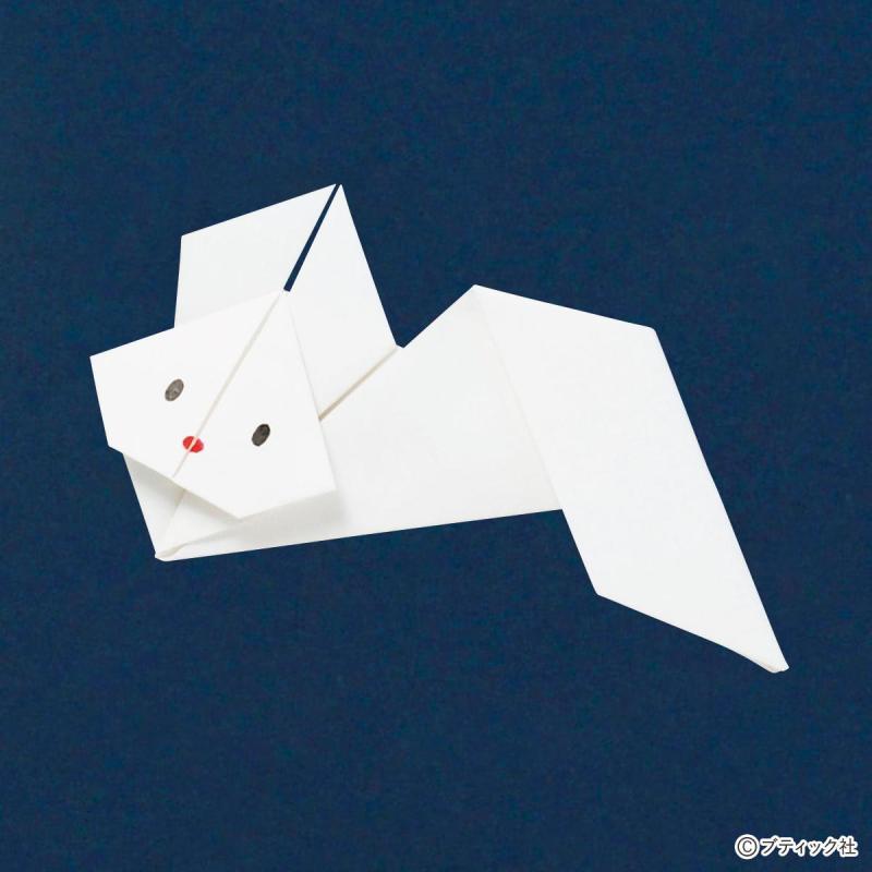 子どもでも簡単に作れる!『うさぎの折り紙』