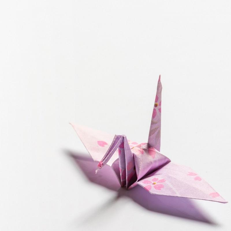 【ツルの折り方】折り紙レシピ7選│おすすめアレンジ作品も!