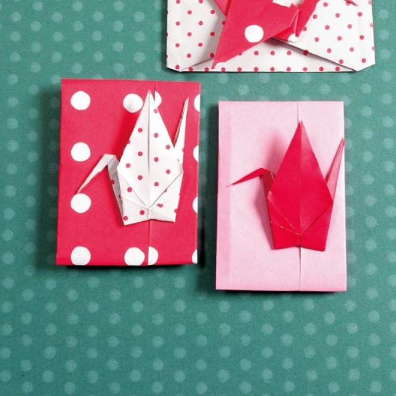 【折り紙 鶴】ポチ袋や変わり種も!アレンジ多彩な鶴の折り方7選