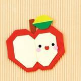 子どもも楽しい!簡単かわいい折り紙のりんご(平面)の折り方